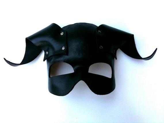 Pan Leather Mask