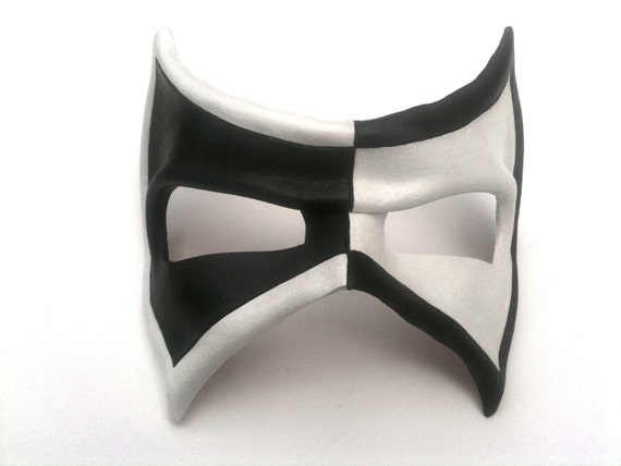 Half and Half Banded Villain Leather Mask