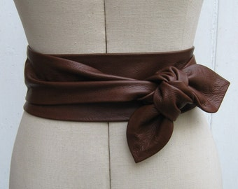 Oak brown leather petal wrap belt