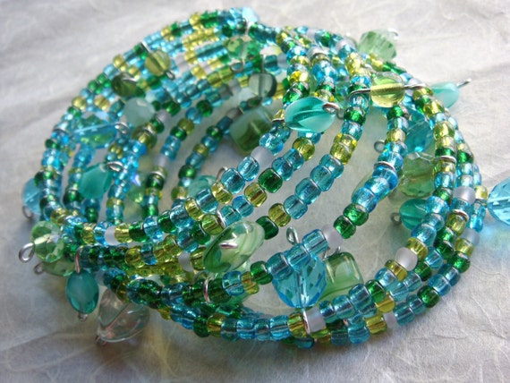 Beaded Wire Bangle in Blue and Green