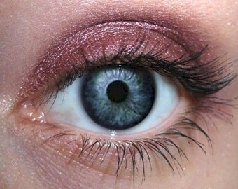 Cranberry Eye Shadow | Mineral Eyeshadow | Crimson Berry Red Eye | Cruelty Free Beauty Natural Pure Eco Vegan | MAC Cosmetics
