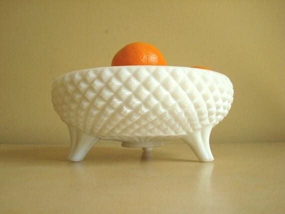Milk glass bowl, Westmoreland English Hobnail