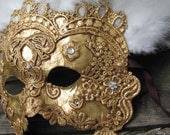 Venetian masquerade mask, gold with white feathers, Vizcondesa