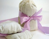 Fresh lavender sachets, natural laundry dryer sachets . Provence France natural lavender . aromatherapy, apothecary,