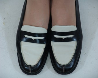 GEORGIO  ARMANI Soes Size 38 Navy and White Circa 1970's
