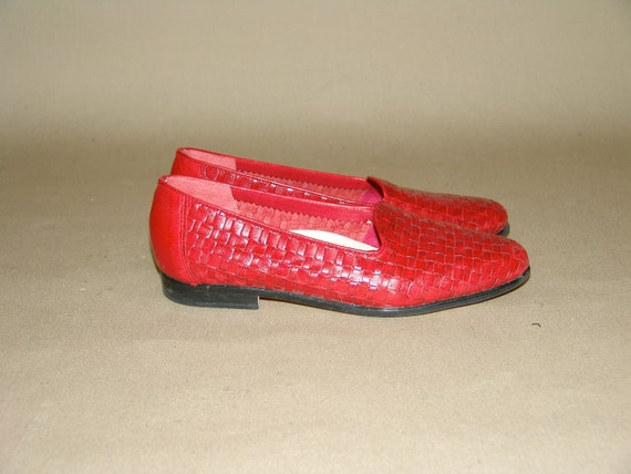 Vintage Red Slip-On Woven Leather Trotters