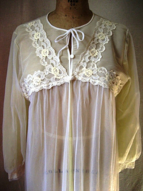 CLOSING SALE Pale yellow vintage sheer peignoir robe nylon chiffon lace