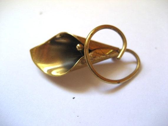 CLOSING SALE vintage silver flower brooch hallmark