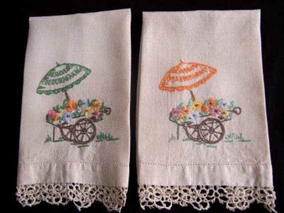 Vintage Set Of Hand Embroidered Linen Hand Towels With Tatted Lace Edges