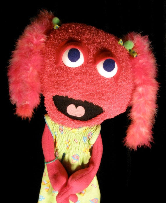 Maggie is the puppetiest puppet EVER - pink and marabou all around