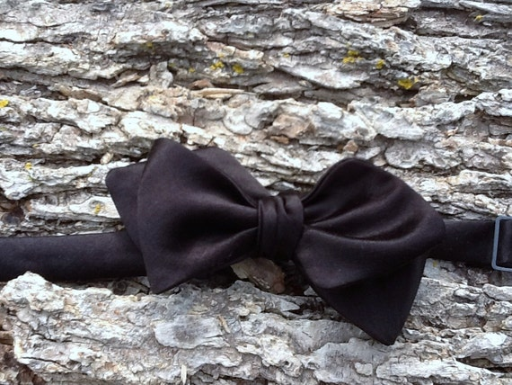 Black Hemp Silk Satin Adjustable Bow Tie