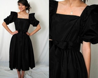 1970s Black LBD Proper Party Dress - 1950s Sillhouette - Ruffle Sleeve - Vintage - Small 4