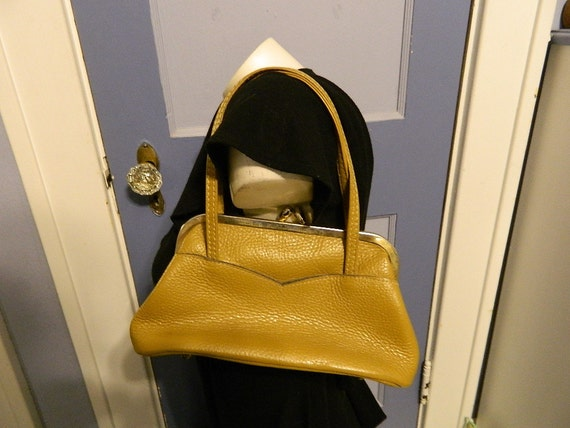 Vintage Letisse Purse, Mustard Colored, Frame Purse, Colonel Mustard Did it