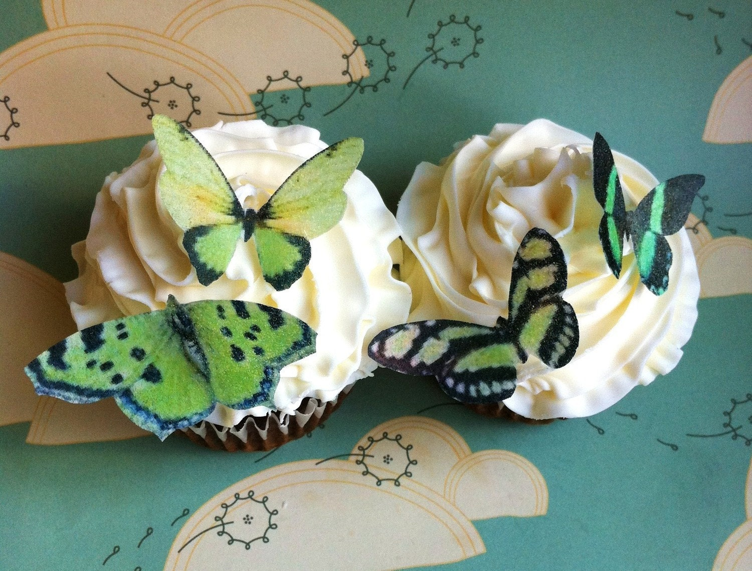 EDIBLE Butterflies The Original Small Greens Cake