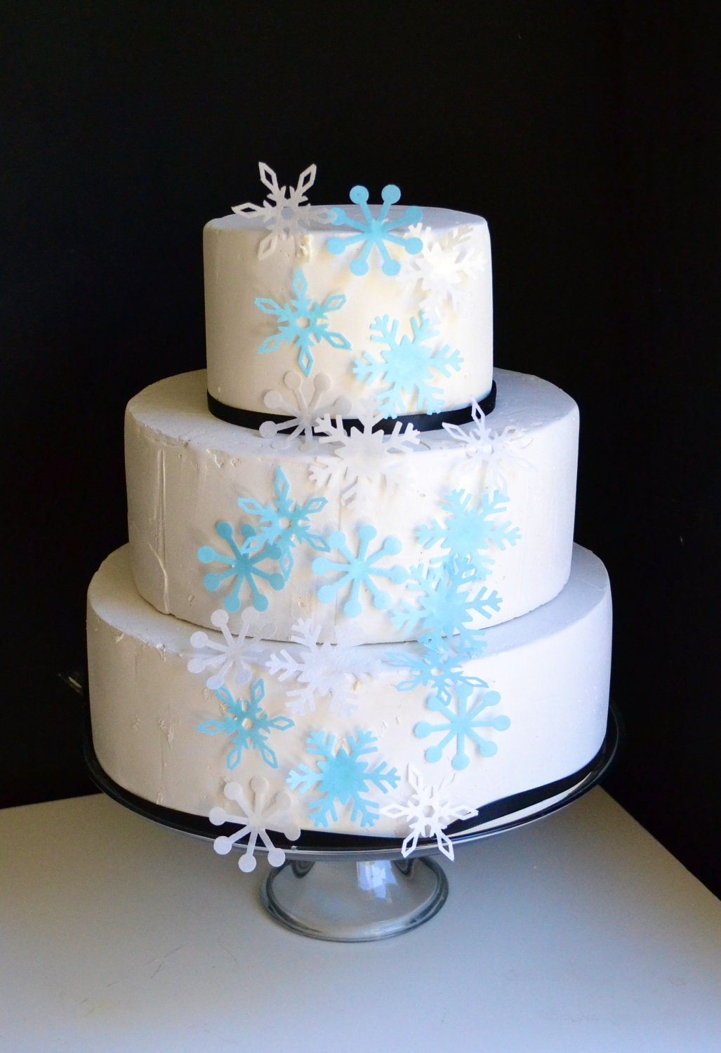 Edible Snowflakes Cake and Cupcake Toppers Set of 12 Blue