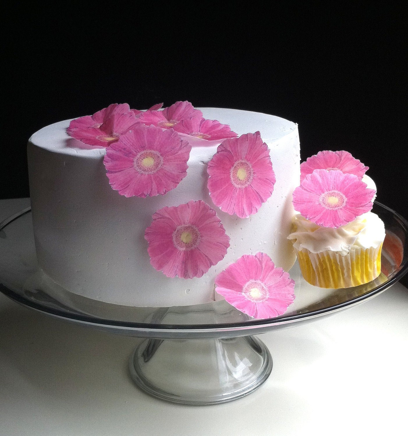 The Original EDIBLE Gerbera Daisies Pink Cake