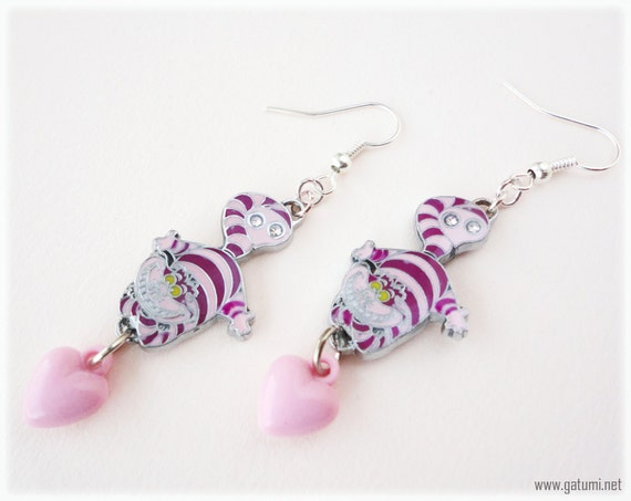 Cheshire Cat Dangle Earrings with Pink Heart Charms, Long, Silver Plated - Kawaii, Alice in Wonderland