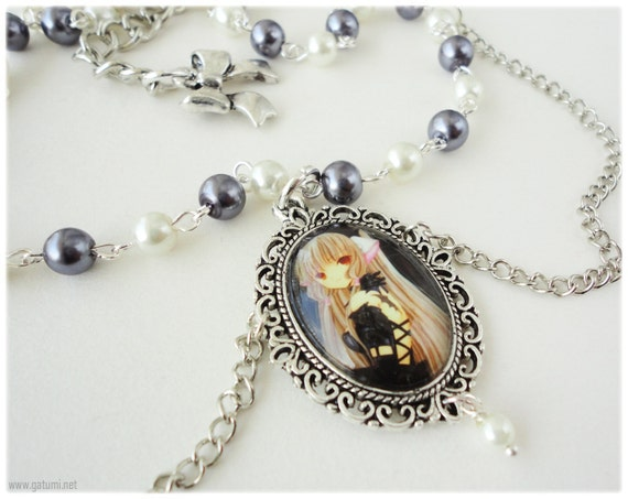 Chobits Freya Necklace, Beaded Tiered Pearl Choker with Glass Cameo - Gothic Lolita