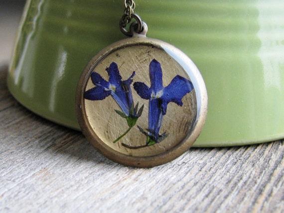 Blue Pressed Flower Necklace Botanical Jewelry Pressed Lobelia Plant Resin Woodland Antique Brass Chain
