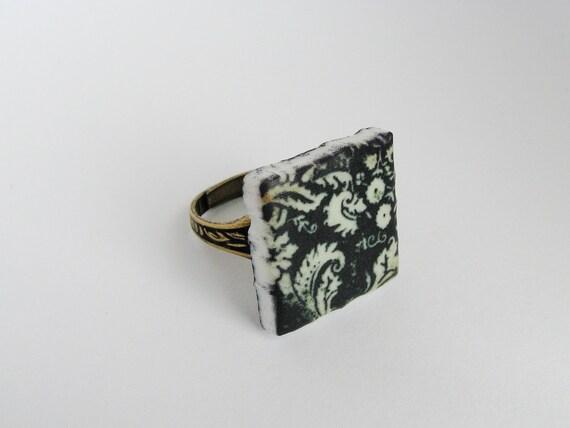 Toile Square Tile Ring Black White Acrylic Shabby Chic Square Decorative Black Pattern Minimalist Modern Adjustable Brass Ring Base