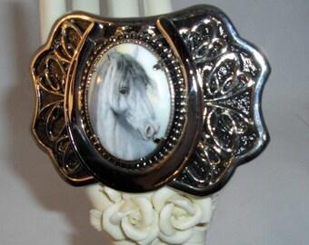 White Stallion Silver Horseshoe Buckle