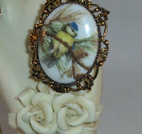 Little Bird in a Pine Tree Brooch/Pendant/Necklace