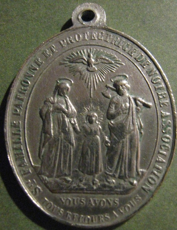 Holy Family ANTIQUE RELIGIOUS MEDAL SACRED HEARTS OF JESUS, MARY, AND JOSEPH