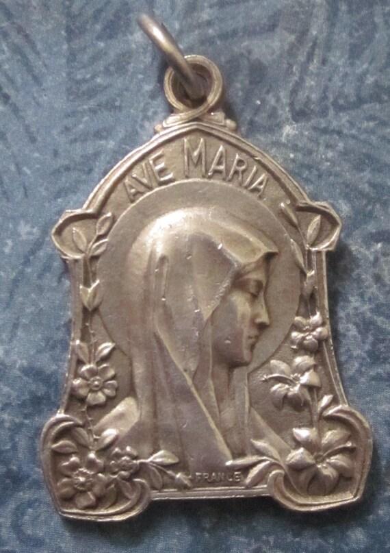 Antique French Art Nouveau Ave Maria Lourdes Religious Medal  SS07