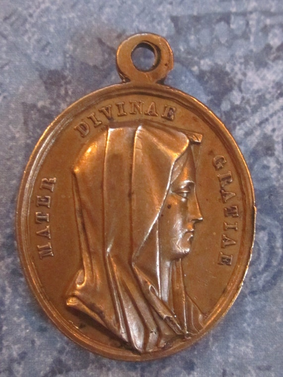 Antique Religious Medal Mother of Divine Grace Jesus Saviour Of The World      SS 428
