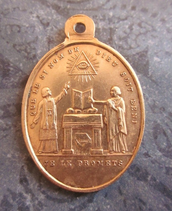 Antique Religious Medal Blessing Gods Holy Name Jesus With The Cross  SS426