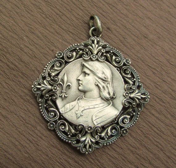 Joan Of Arc Religious Medal Vintage Catholic Pendant Jewelry  SS493