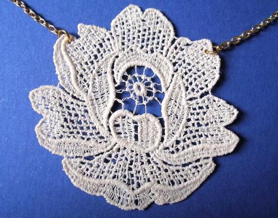 Dove grey flower vintage lace necklace