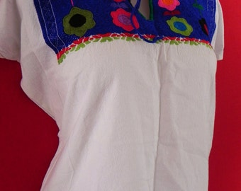 Mexican White Blouse Fantastic Colorful Floral Embroidered Handmade Medium