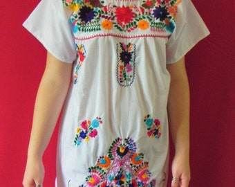 Mexican Floral Hand Embroidered Vtg Bohemian Chic Wedding Mini Dress Tunic