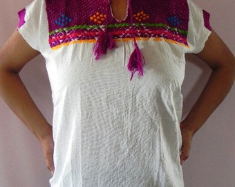 Mexican Top Blouse Purple Color Vtg Lovely Embroidered Handmade Spring / Summer M / L