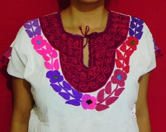 Mexican White Top Blouse Purple Embroidered Handmade Natural Cotton Medium / Large