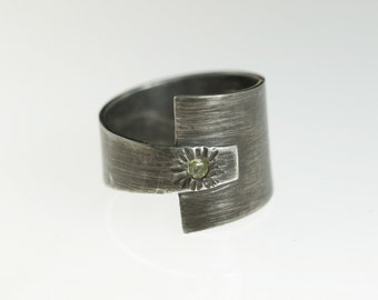 Unisex Silver Band Ring Black Sterling with Yellow Sapphire sz 8.5 OOAK