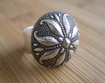 Silver Flower Ring - On Bended Petal - Handmade by Marley Jane on Etsy floral flower rose adjustable cocktail large