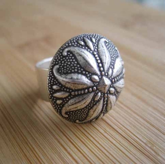 Silver Flower Ring - On Bended Petal - Handmade by Marley Jane on Etsy floral flower rose adjustable cocktail large