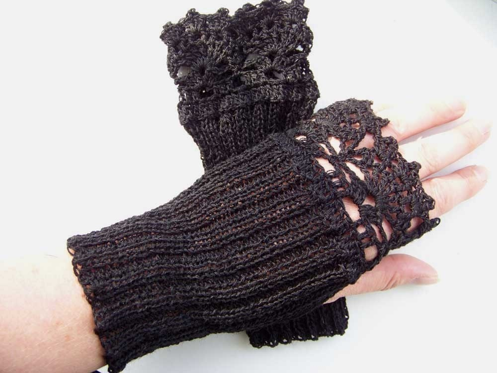 Knitting Pattern Lace Fingerless Gloves : Knit/crochet pattern PDF Lace fingerless gloves