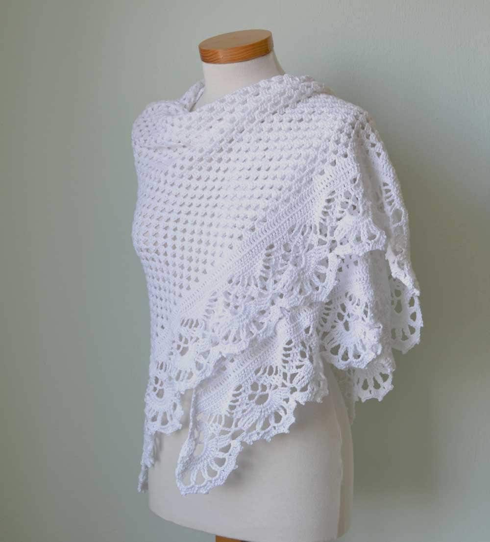 Crochet Patterns For Shawls : VICTORIA Crochet shawl pattern PDF by BernioliesDesigns on Etsy