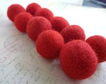 Felt Balls x 20 - Red - 2cm
