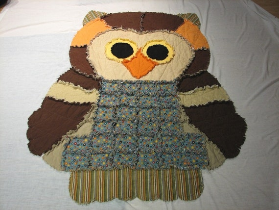 Owl Rag Quilt...ON SALE....plus FREE SHIPPING