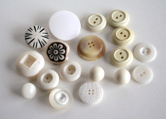 Vintage Buttons - Cream Assortment