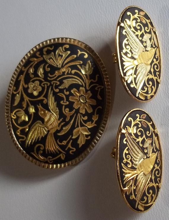 Gorgeous 3 Piece Set Damascene Demi, Brooch ans Earrings, Bird, Butterfly, Dragonfly, Black on Gold