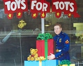 Christmas Cards 75% to Toys for Tots