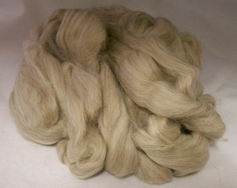 Spinning Felting Roving Baby Alpaca - Alpaca Yarn Company - Baby Alpaca Top (roving)- Paca Puff -  FAWN - 2 ounces