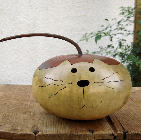 Gourd Kitty Cat Natural Hand Carved Decoration (with removable lid)