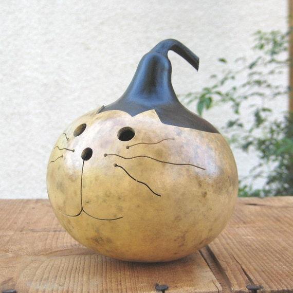 Cat Gourd Natural Kitty Hand Carved Decoration Bowl (with removable lid)
