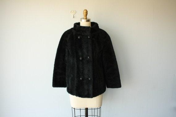 LAST CALL SALE / vintage faux fur coat  / 80s coat  / cropped jacket / Black Onxyx jacket - size small , medium